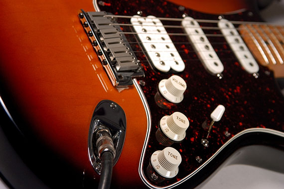 electric guitar sound pickups and controls